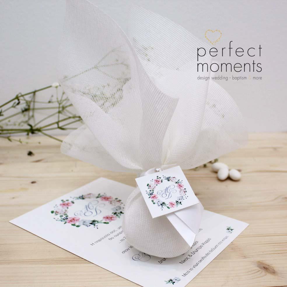 4127 - Μπομπονιέρα Γάμου Λεύκη Στεφάνι με Λουλούδια